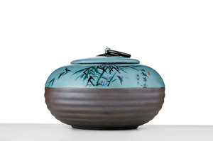 Flat Round Tea Caddy With Crackle Glaze And Picture Of Bamboo Leaves